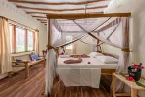Hakuna Majiwe room in Paje, Zanzibar | @dipyourtoesin