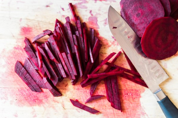 Beetroot in Taco Rio with Cacao Black Bean Dip inspired by Chef Watson | via @dipyourtoesin