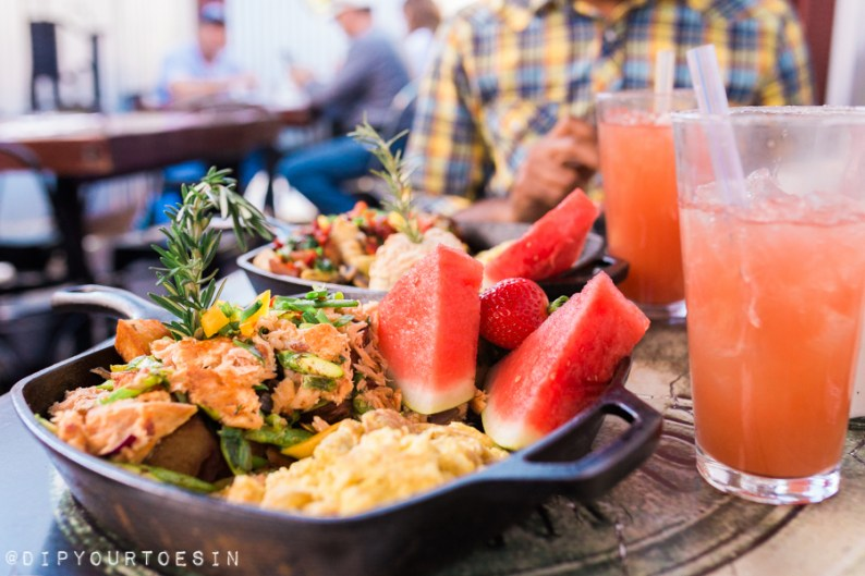 Farm Scramble at Hash House a Go Go | 10 Global Stops for the Foodie Traveller!