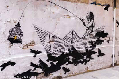 La Nena Wapa Wapa | Walking tour of street art in Valencia, Spain