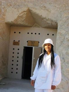 Woni Spotts Egypt | First Black Woman to Travel To Every Country in the World?