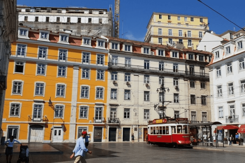 Tram in Porto town square | Visit Portugal in One Week