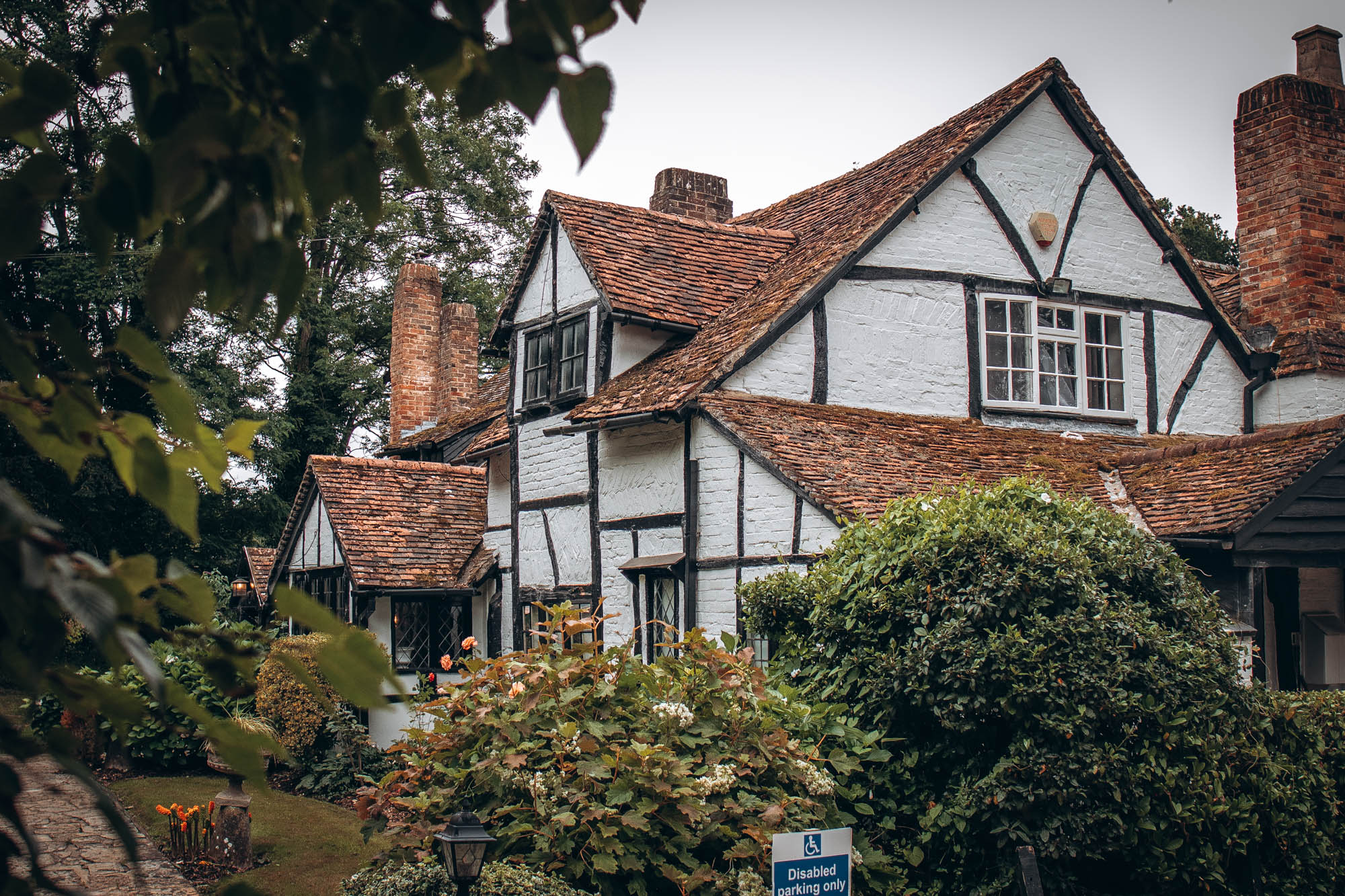 The Old House Inn, Copthorne   West Sussex