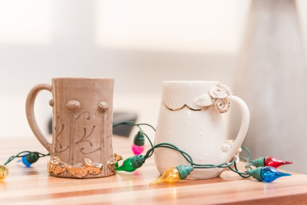 White Peach Pottery Mugs