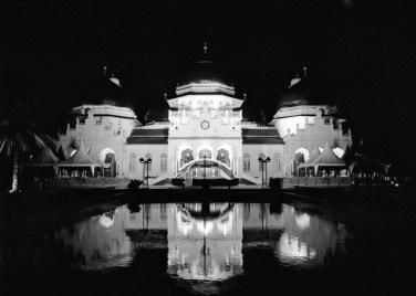 The legendary Baiturrahman Grand Mosque