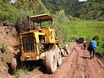 Dirt road at Rantelemo