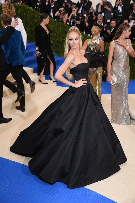 red carpet, met ball, met, met gala, gisele bundchen, stacy martin, blake lively, ruby rose, jennifer connelly, frances bean cobain, lupita nyong'o, diane kruger, stella maxwell, candice swanepoel, fashion, gowns, dresses, ootd