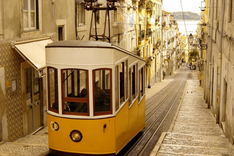 interview, Lisbon, tourism packages, Note Viagens, Porto, Portugal, travelling in Europe, vacation, summer vacations, travel tips, Europe, trend destination, trip, travel,