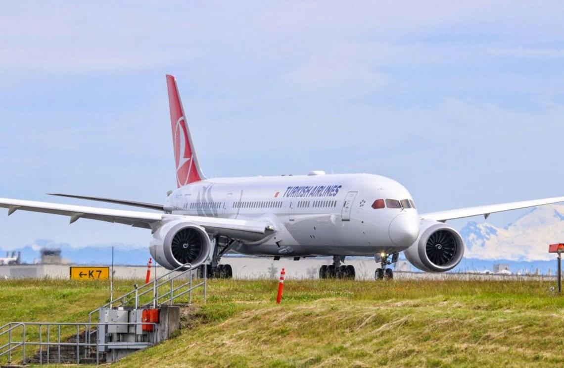 Turkish Airlines Boeing B787-9
