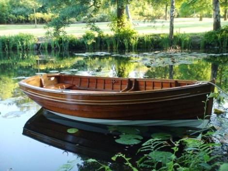 Heyland Wooden Rowing Boat