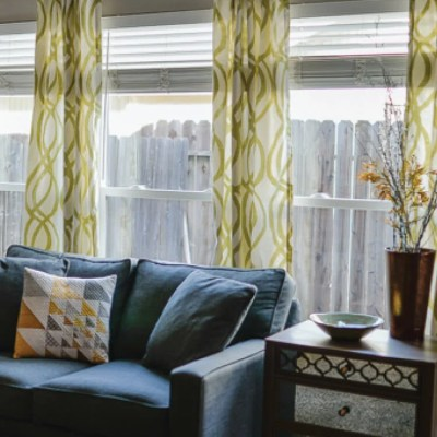 How to Hang Curtains – A Quick Tutorial