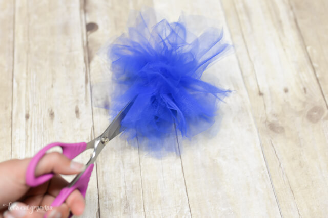 Patriotic Tulle Fireworks Tutorial by Let's Eat Grandpa