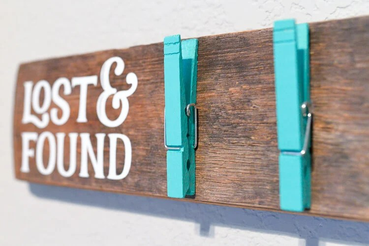 finished DIY wooden lost sock holder with Cricut vinyl
