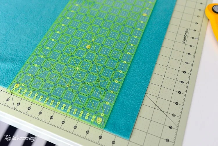 measuring fabric for no-sew crib rails