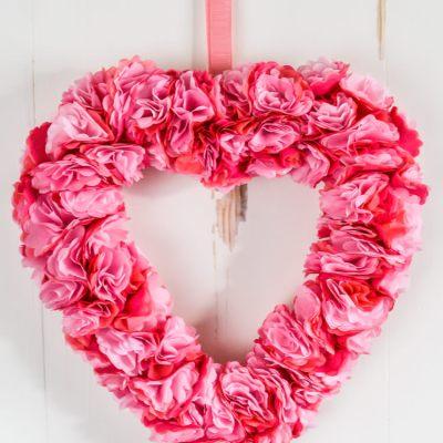 Tissue Paper Flower Valentine's Day Wreath