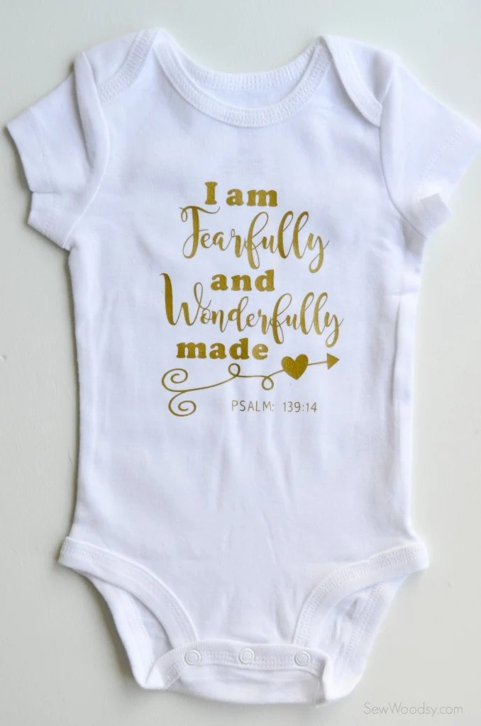 I/'M THE BOSS PERSONALISED BABY GROW VEST CUSTOM FUNNY GIFT CUTE