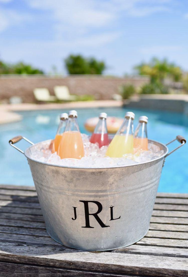 DIY Monogram Ice Bucket With Cricut