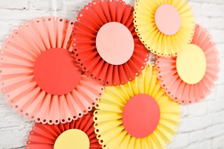 How To Make Paper Rosettes Using The Cricut Scoring Wheel Or Stylus