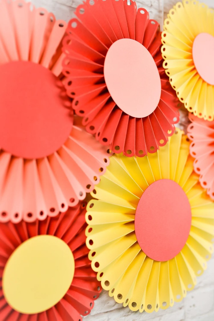 How To Make Paper Rosettes Using The Cricut Scoring Wheel