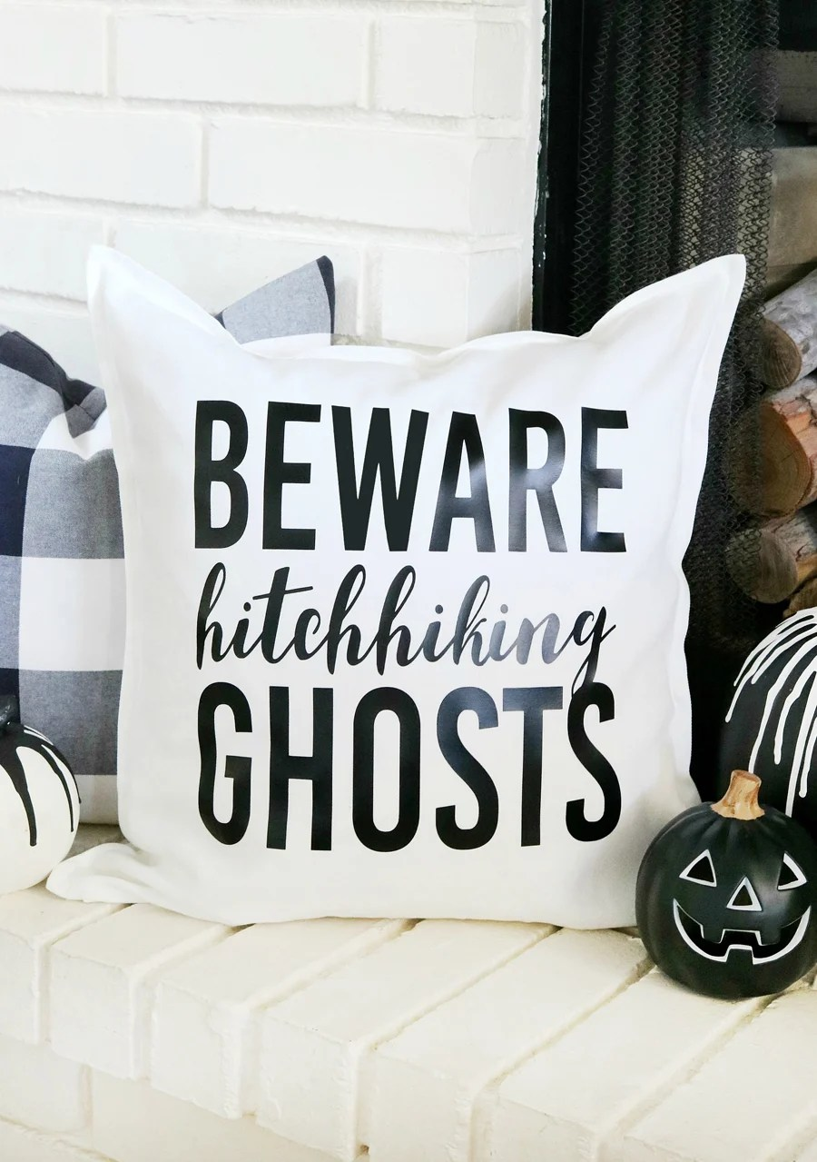 Disney Inspired Haunted Mansion Halloween Pillow from thecraftedsparrow.com