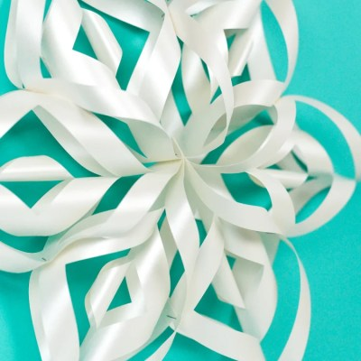Giant 3D Paper Snowflakes with the Cricut