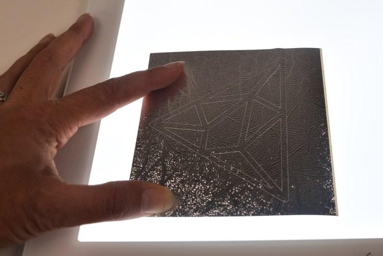 Weeding metallic brushed vinyl with the Cricut Brightpad