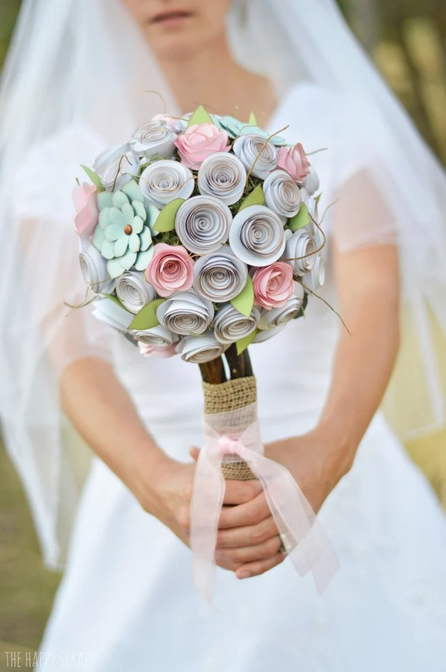 Magic, sparkles, flowers, style, elegance and FUN! Weddings are meant to be extra, add all the special touches with these DIY Wedding Ideas with the Cricut.