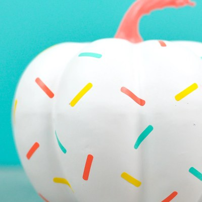 Easy Sprinkle DIY Pumpkin
