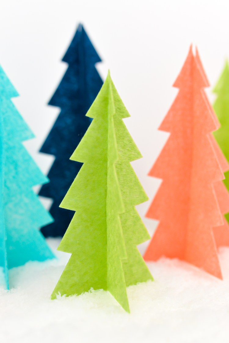 Felt Christmas Trees made with the Cricut Maker