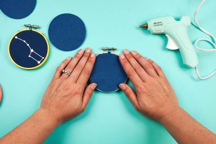 Add a felt circle on the glue.