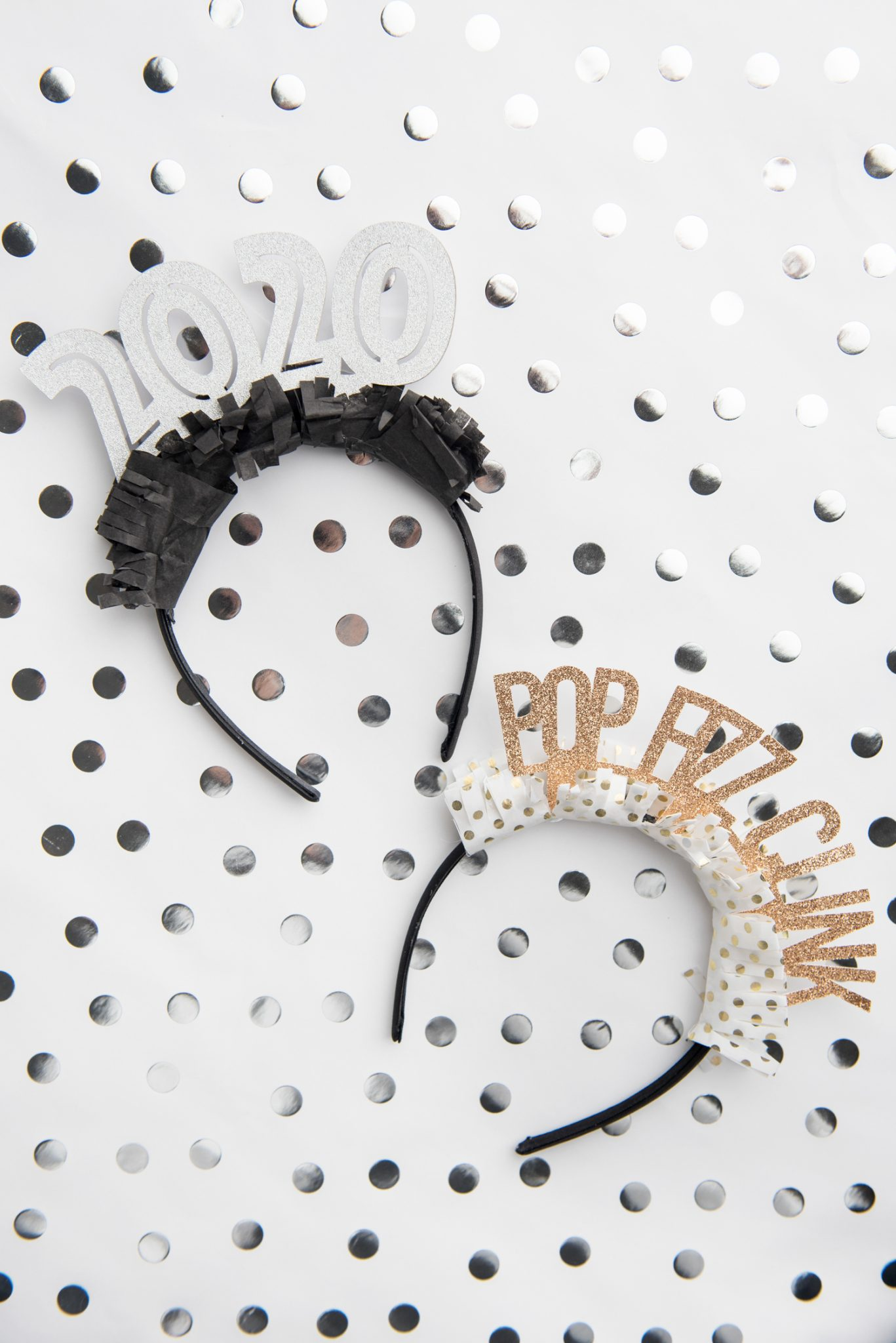 Make these New Year's Eve party headbands on your Cricut or other electronic cutting machine! Perfect for New Year's Eve celebrations and ringing in the new year!