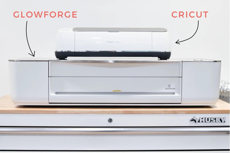 Glowforge and Cricut size comparison.