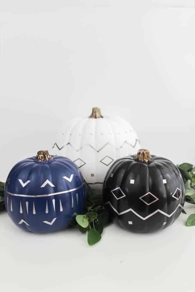 Designs pn Pumpkins using Cricut