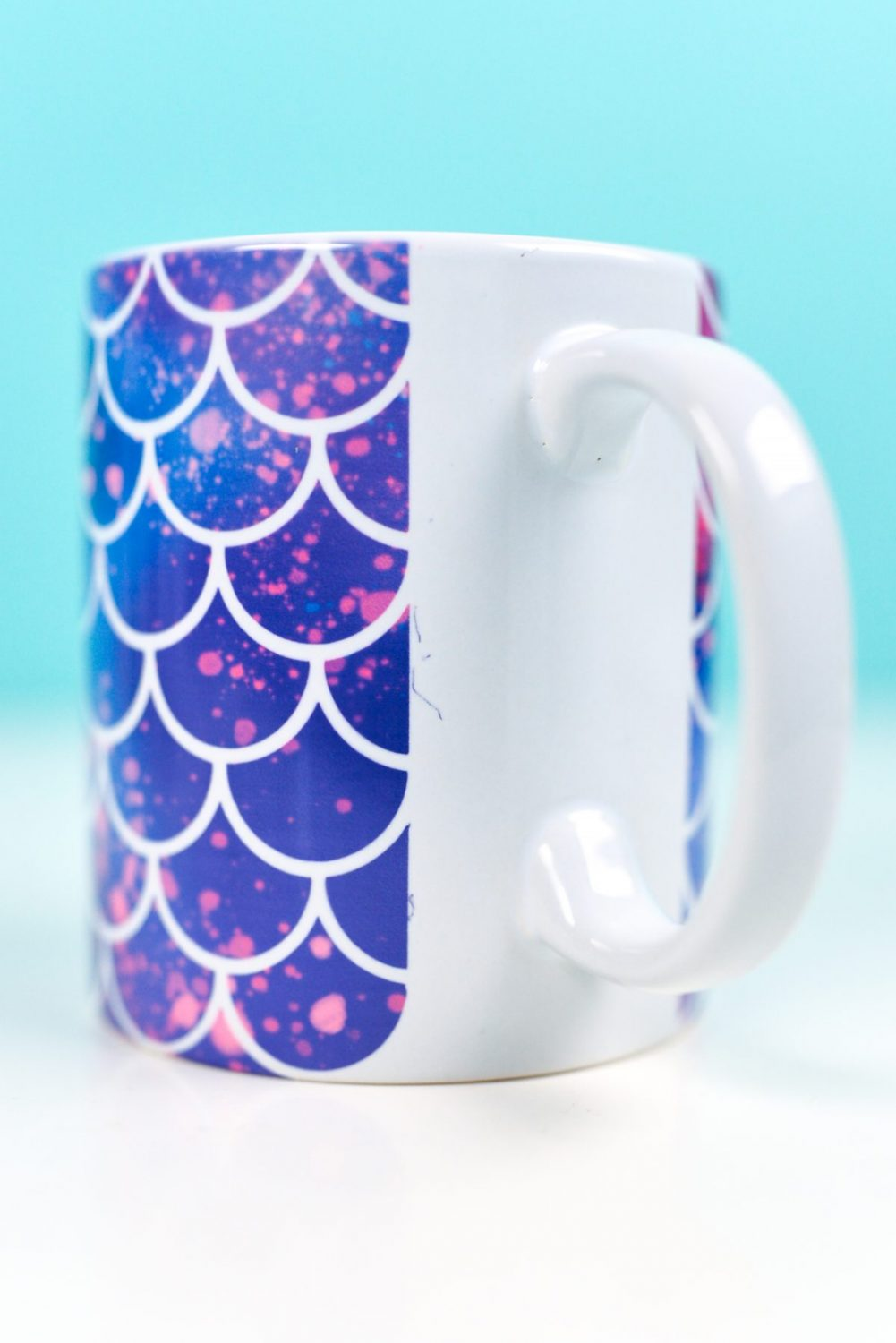 Mug showing dust by the handle