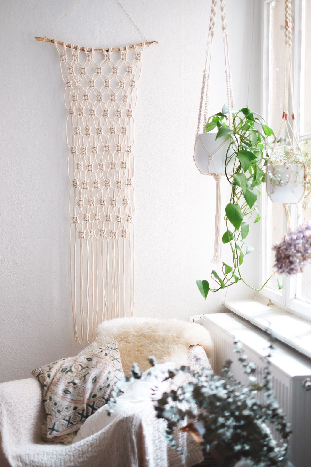 Simple Diy Macrame Necklace: Interior: Super Easy DIY Macrame Wall Hanging Tutorial