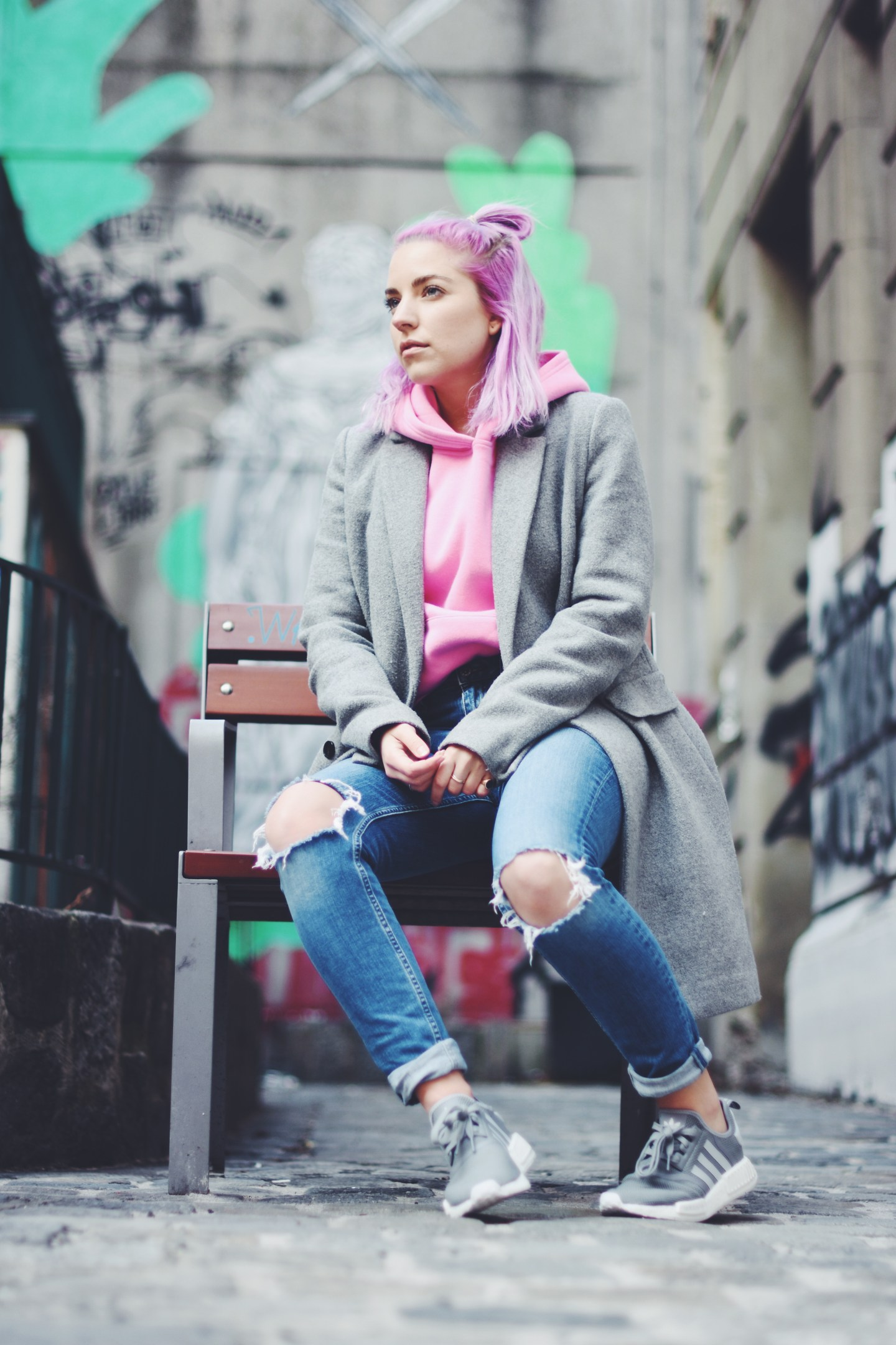 pink hoodie trend outfit