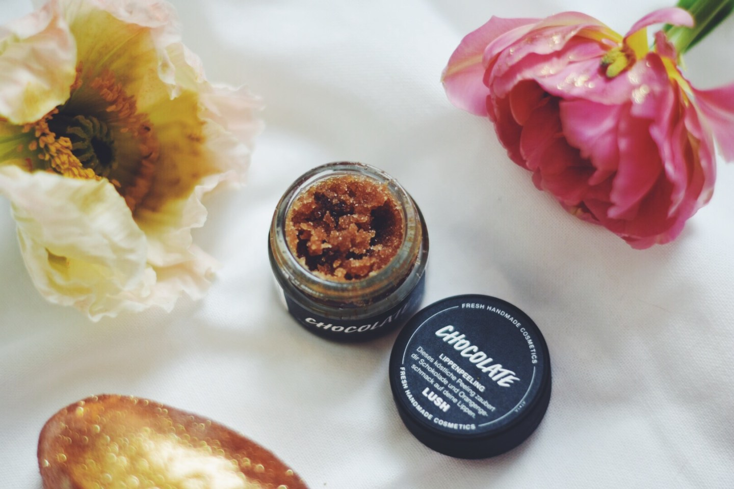 lush easter 2017 chocolate lip scrub