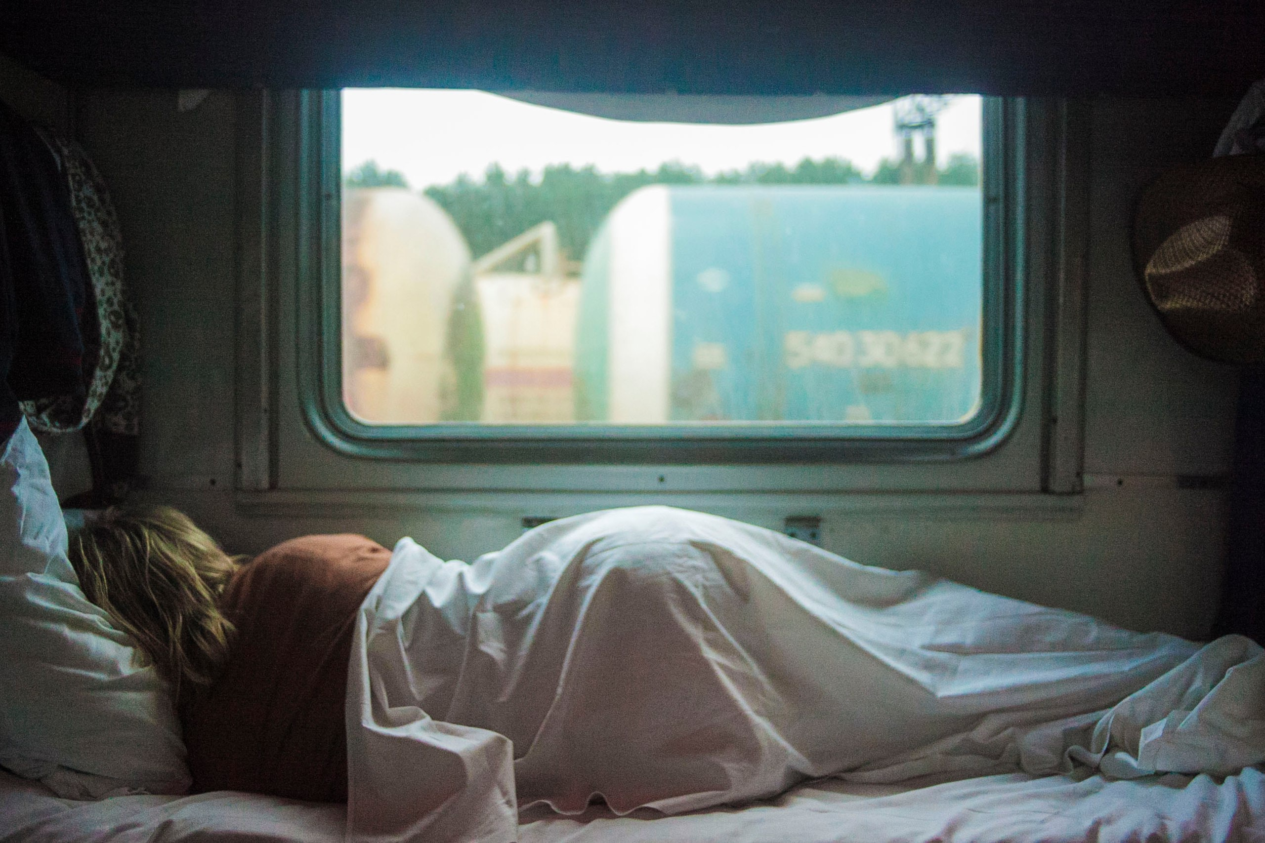 Sleeping in an RV with Kids: Tips for RV Sleep | Local
