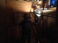 Jean-Marc chante une chanson
