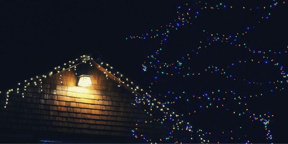 La ville s'illumine pour Noël.