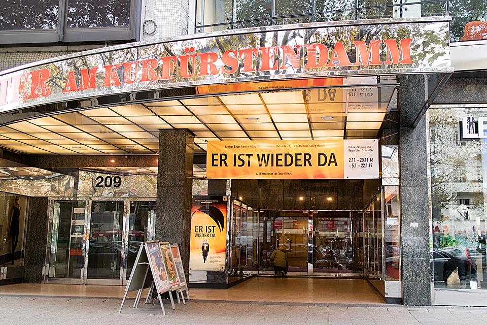 Theater am Kurfurstendamm-1450