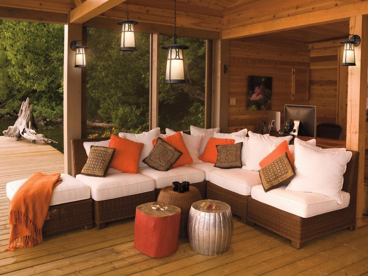 Outdoor Rooms Add Livable Space | HGTV on Garden Living Space id=76057