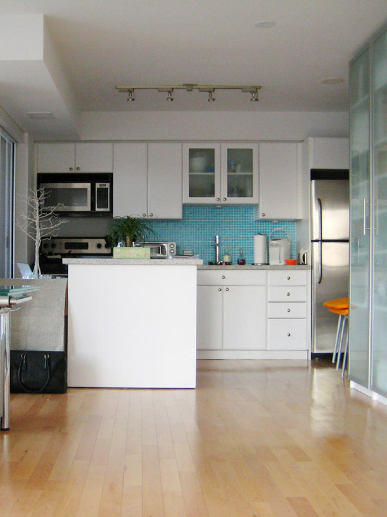 Small Kitchen Seating Ideas: Pictures & Tips From HGTV | HGTV on Small Space:fn118Lomvuk= Small Kitchen Ideas  id=67751