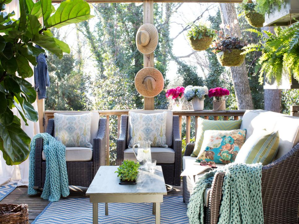 Outdoor Living Room Ideas | HGTV on Garden Living Space id=34858