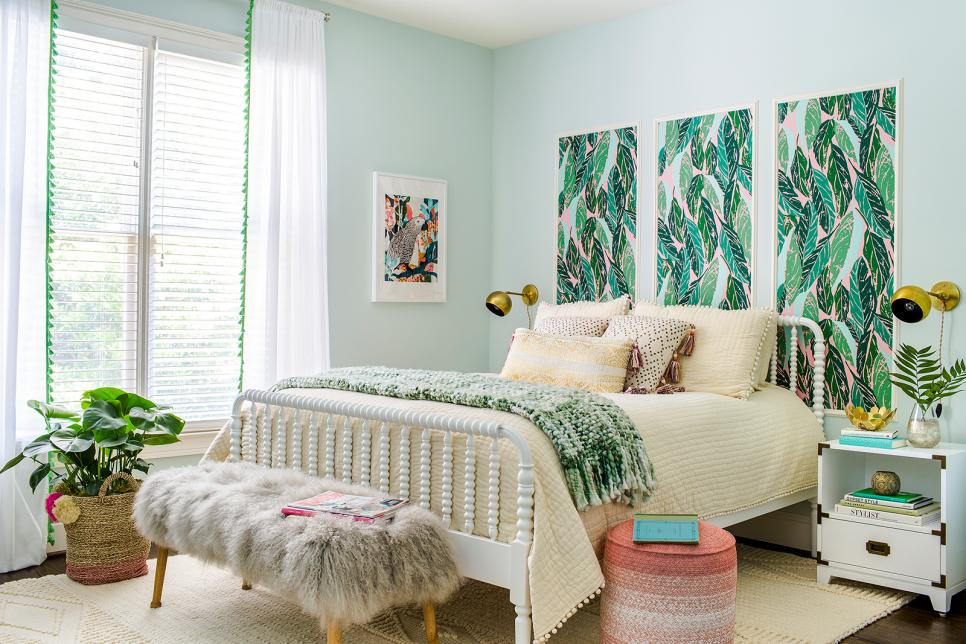 15 Simple Updates for a Teen Girl's Bedroom | HGTV on Teen Room Girl  id=47791