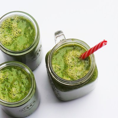 Mango & Kale Green Smoothie Recipe