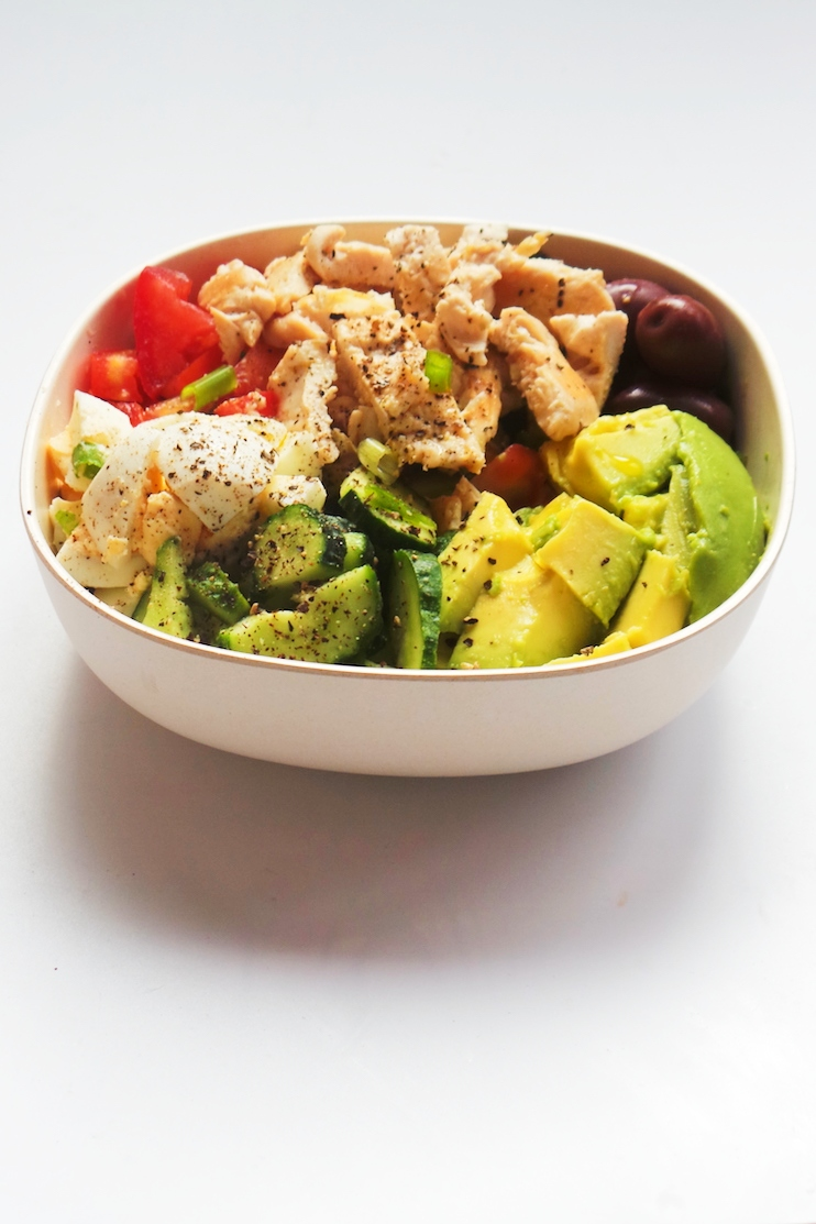 avocado egg chicken salad - high protein low carb meals