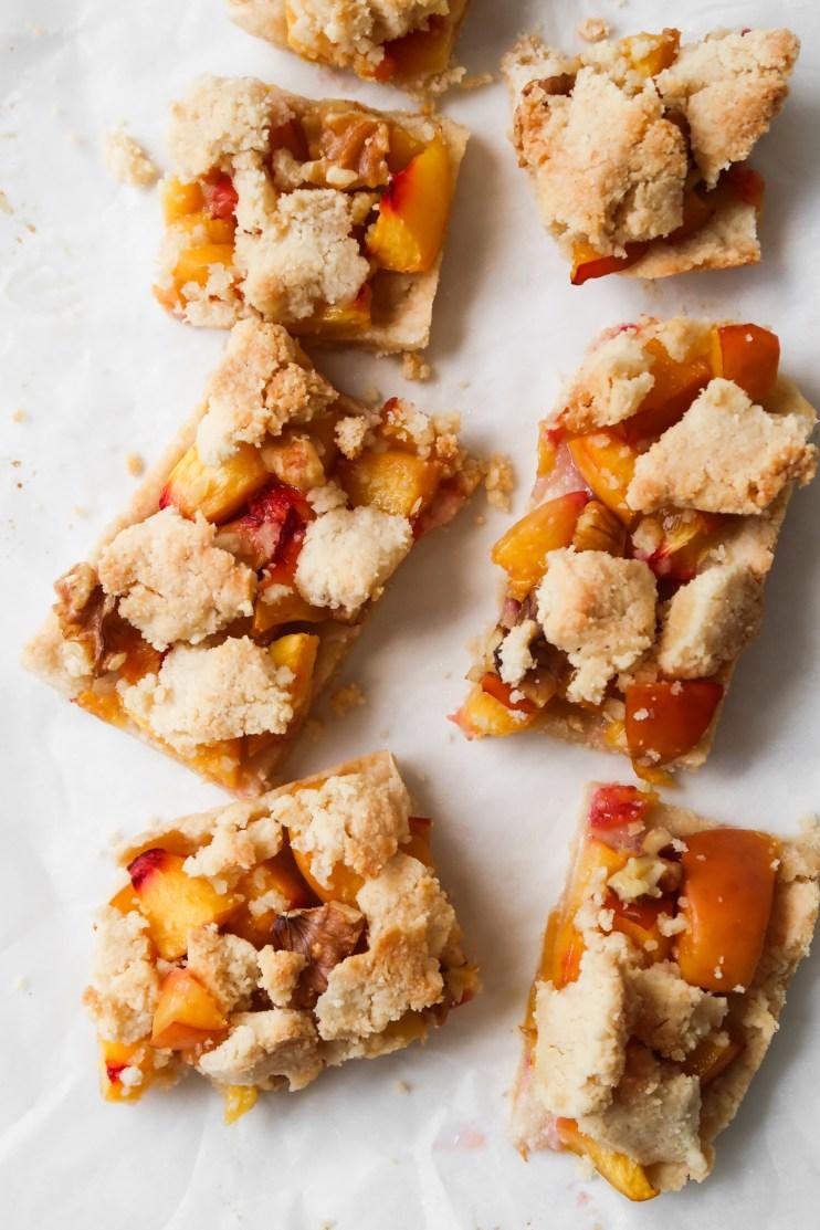 peach crumble bars meal prep