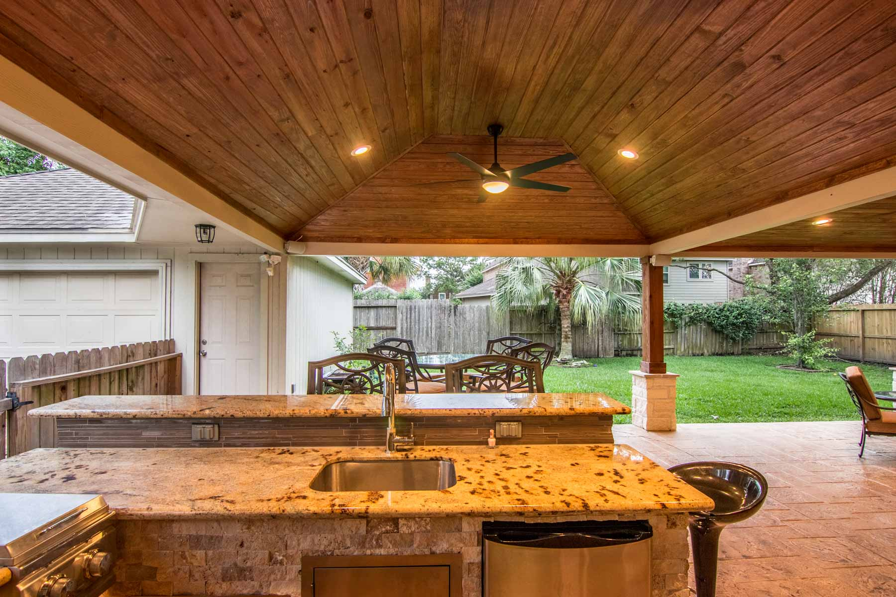 Outdoor Kitchens - HHI Patio Covers Houston on Outdoor Kitchen Patio id=33812