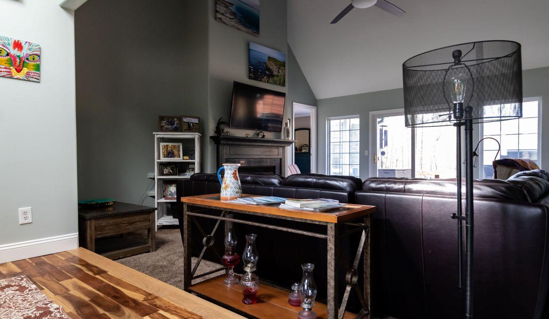 Living Room 3-1